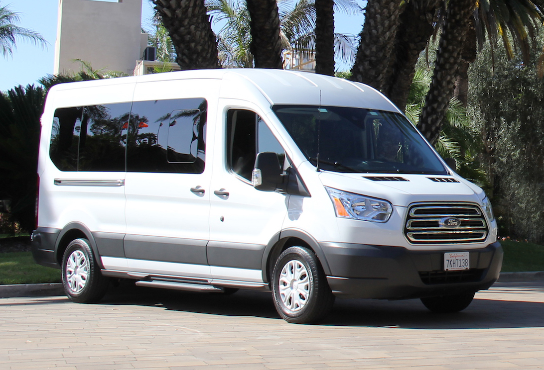 Ford Passenger Van >> rent full size van ,cargo work vans for sale